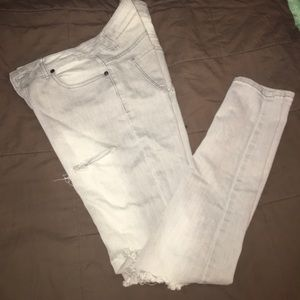 Denim - Light grey pre destroyed jeans